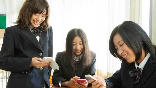女子高生に学ぶSNSサブアカウントのススメ