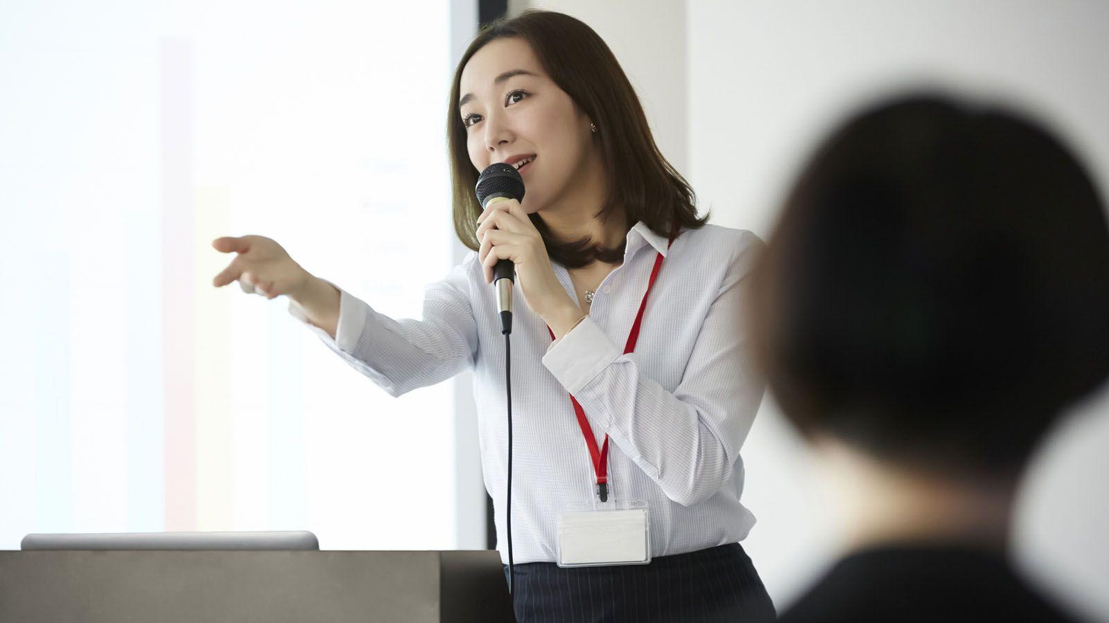 「君の仕事はお茶入れじゃない」その一言が必要だ 女性への「無意識の偏見」を知り、行動変容へ | リーダーシップ・教養・資格・スキル | 東洋経済オンライン