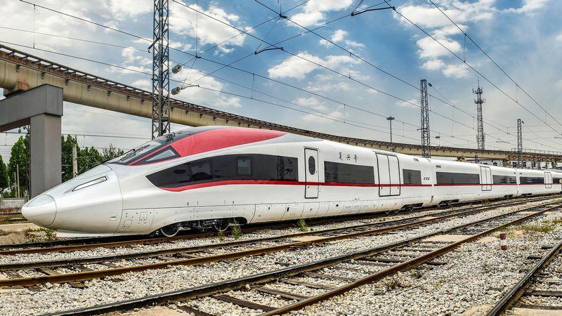 中国が開発、350km「高速貨物列車」成功するのか