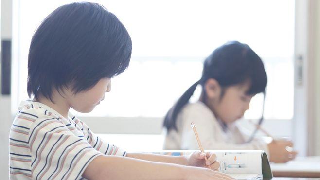 偏差値ばかり愛する「教育後進国」の淡い末路