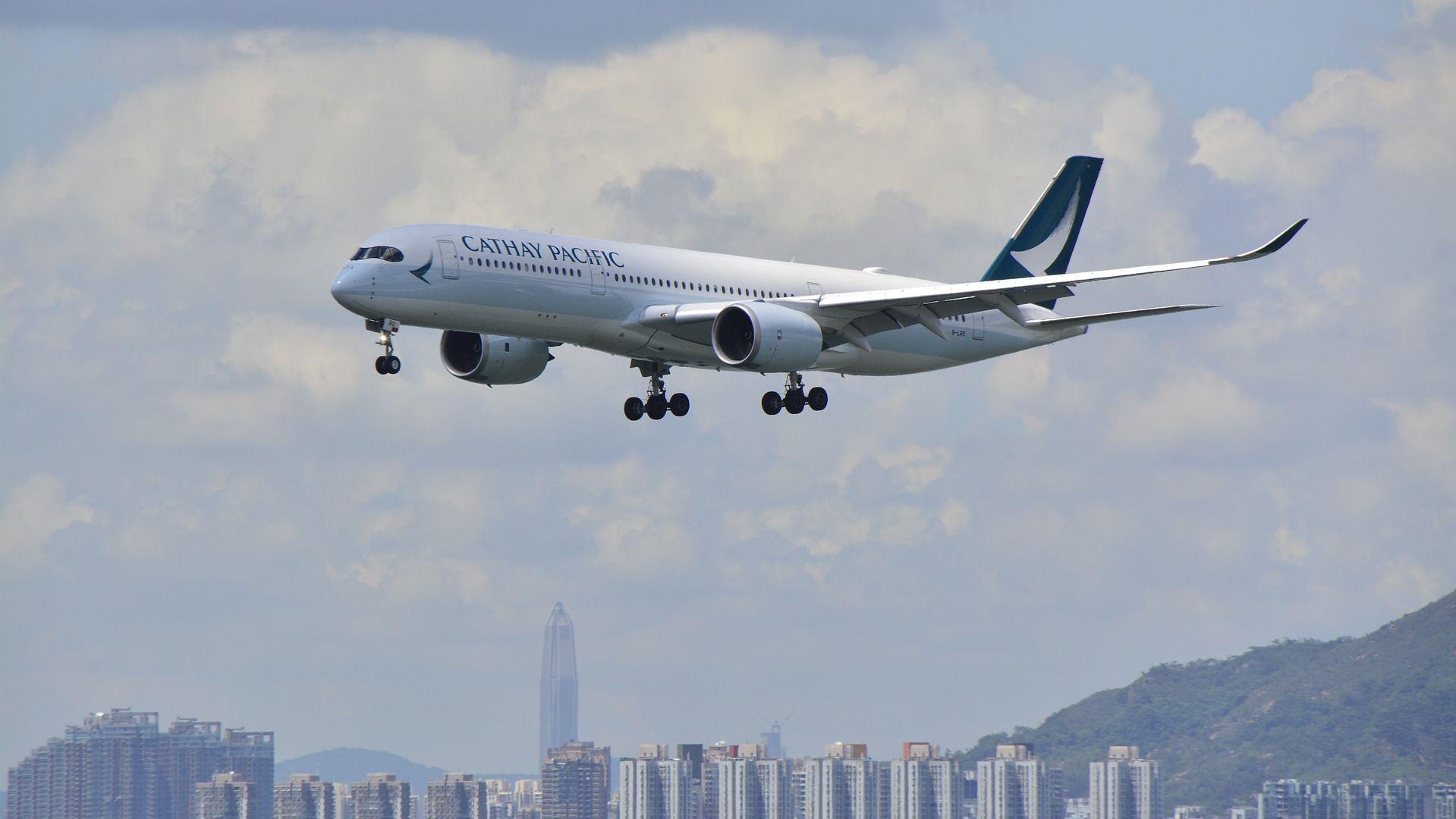 香港「キャセイ航空」従業員の4分の1をリストラ | 「財新」中国Biz&Tech ...