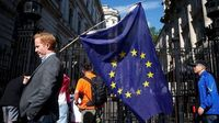 The Rise of Demotic Democracy in Europe