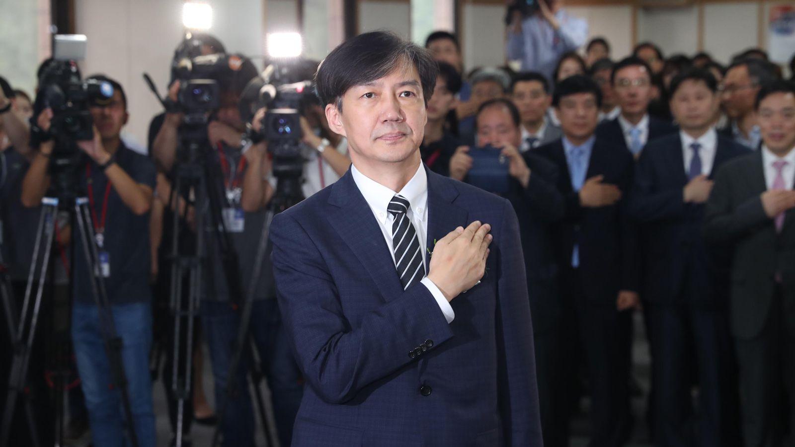 韓国「チョ法相」問題があぶり出した世代間対立 | 韓国・北朝鮮 | 東洋 ...