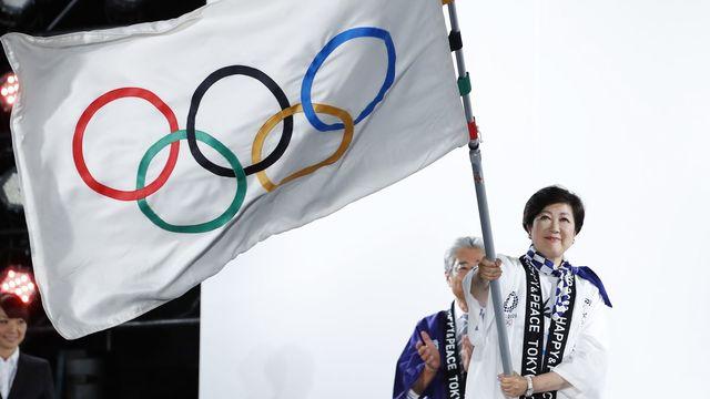 小池百合子東京都知事は今秋にも受動喫煙防止の条例案を提出したいとしている。東京オリンピック・パラリンピックでは禁煙が求められている(写真:長田洋平/アフロスポーツ)