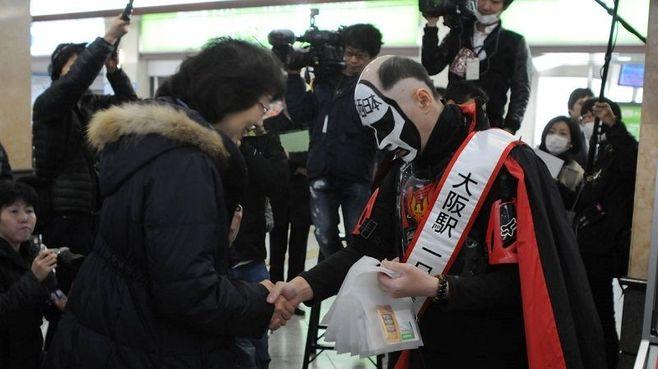 「酔っ払い対策」関西の鉄道はココまでやる!
