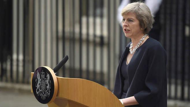 メイ新首相に残された英国唯一の「存続策」