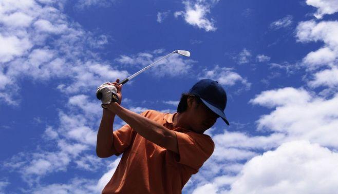 現代ゴルフは、球打ちよりもまず基礎体力