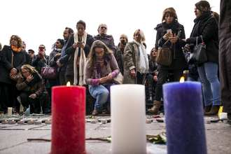 France Strikes Islamic State in Syria Again after Paris Attacks