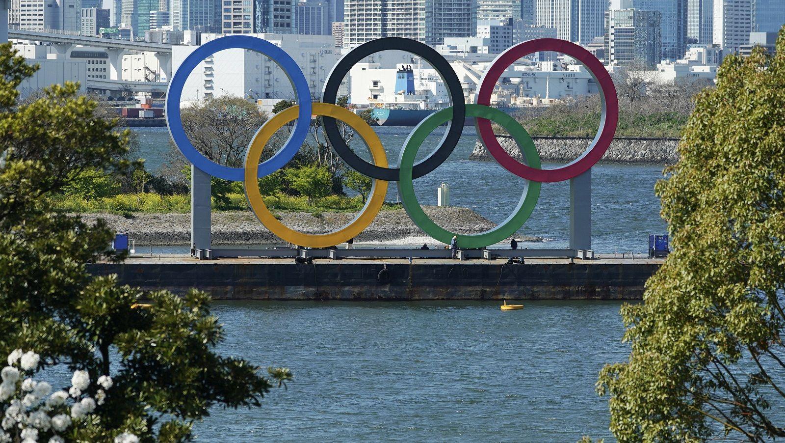 延期 発表 オリンピック