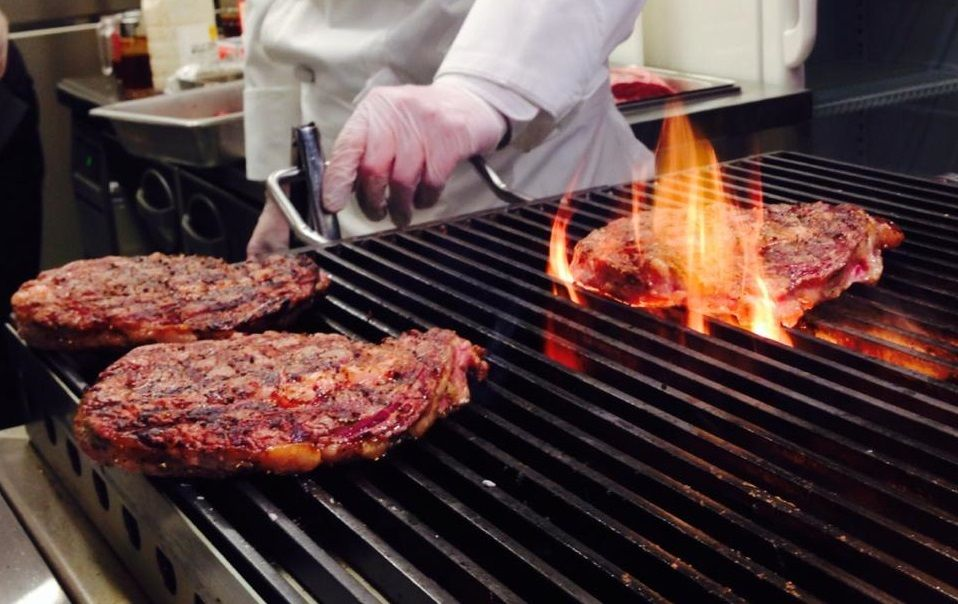 3a02d22f9a36 ステーキ」で15キロ減量できるか | 外食 | 東洋経済オンライン | 経済ニュースの新基準