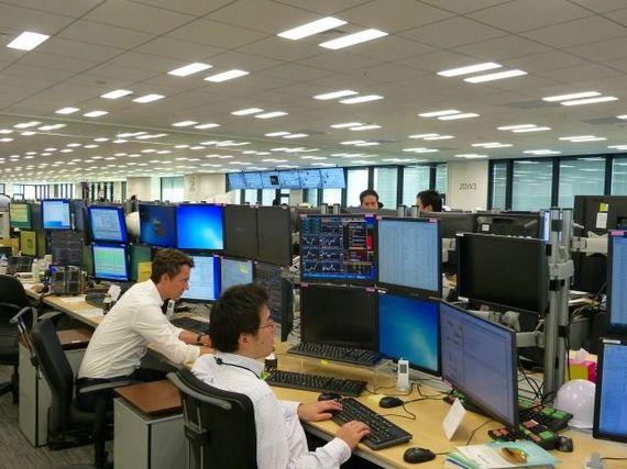三菱UFJダイレクトの「外貨預金」 | 三菱UFJ銀行
