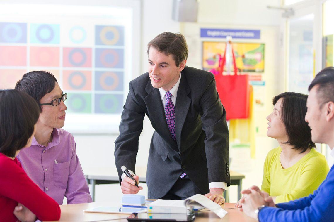 実践的な環境で学ぶ世界レベルの...